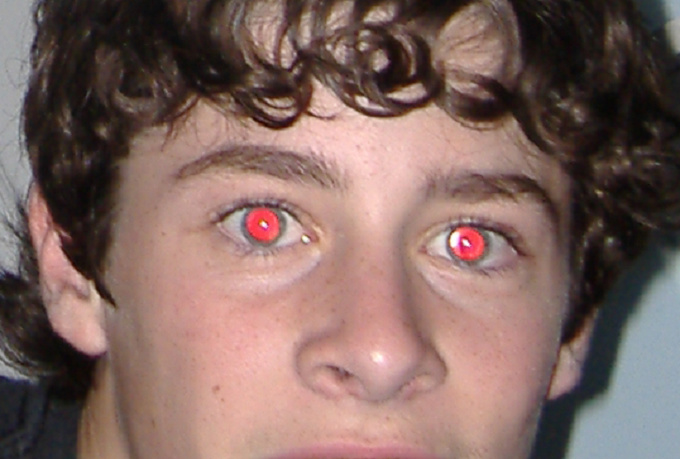 How to remove red eye in photos using picasa