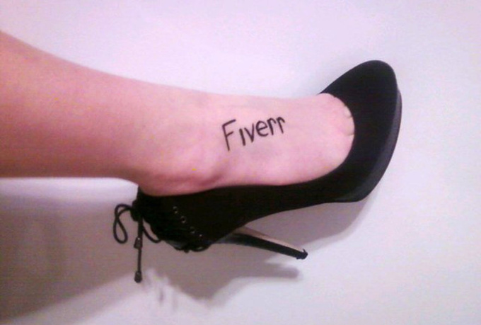 write ANYTHING on my foot